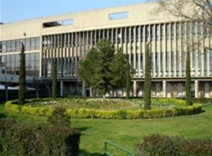 Αποκλεισμένο το κτίριο διοίκησης του ΑΠΘ