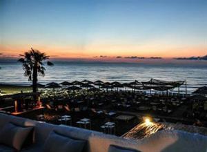 3 Hot Summer Days No Stop στο Μόλο Στην Παραλία