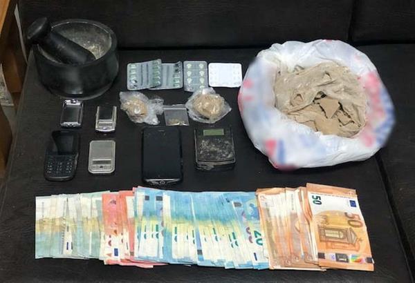 Χαριλάου Θεσσαλονίκης: Συνελήφθησαν δύο άτομα για εμπορία-αγοραπωλησία ηρωίνης