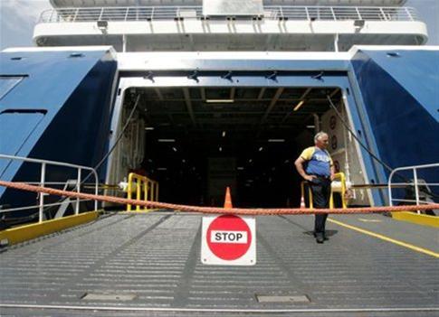 Δεμένα τα πλοία στα λιμάνια την Τετάρτη