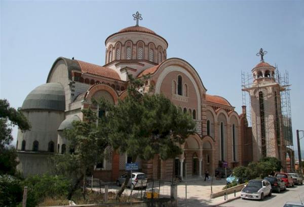 Με ειδικό φωτισμό αναδεικνύονται δύο εκκλησίες του δήμου Νεάπολης-Συκεών