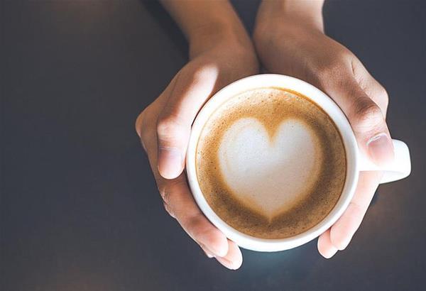 Σταμάτα να βάζεις στον καφέ σου αυτά τα υλικά