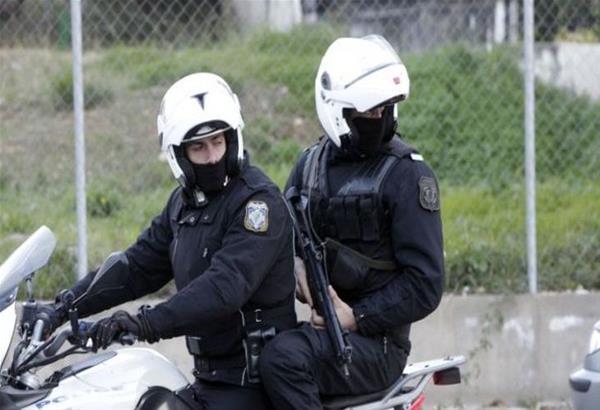Συναγερμός στην ΕΛΑΣ: Σύλληψη Τούρκων με πλαστές ελληνικές ταυτότητες