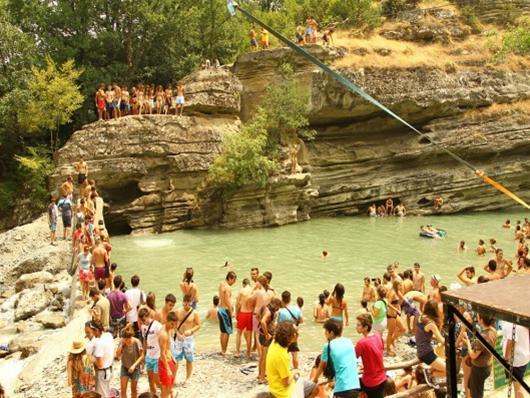 36ο River Party το φεστιβάλ που πάει με τα νερά σας!