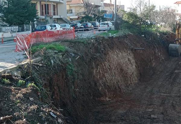 Δ. Νεάπολης - Συκεών: Επιταχύνονται οι εργασίες αντιστήριξης της οδού Ανθέων στα Πεύκα