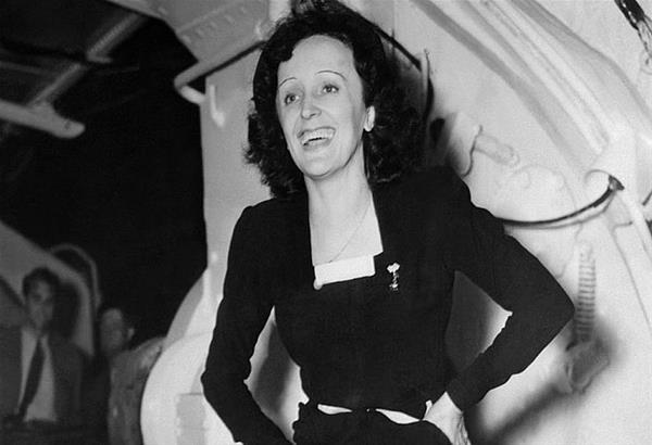 Εντίθ Πιάφ: Σαν σήμερα το 1963 άφησε την τελευταία της πνοή το ''μικρό σπουργίτι'' της Γαλλικής μουσικής σκηνής