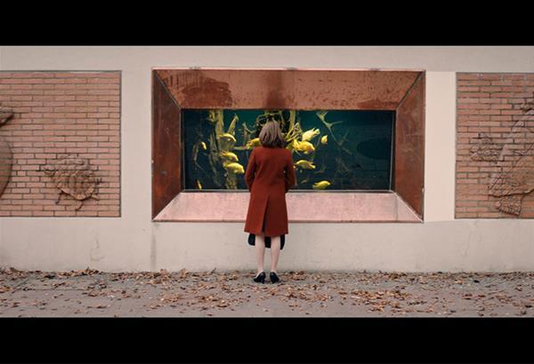 Διαδικτυακή προβολή της ταινίας «LARA» του Γιάν-Όλε Γκέρστερ