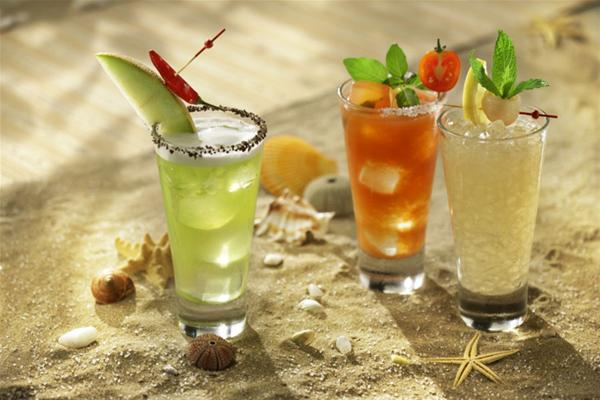 Εxotic Island Cocktails στα T.G.I. Friday's