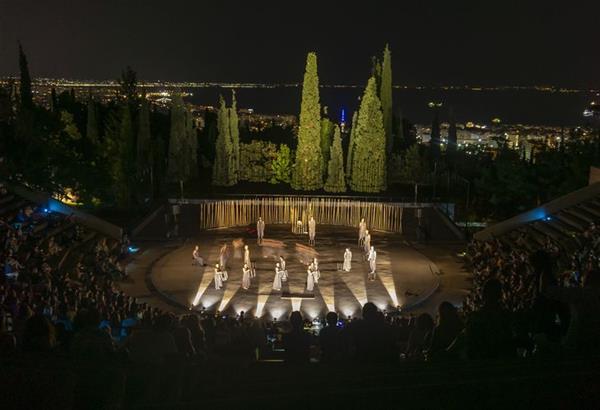 «Τρωάδες» του Ευριπίδη | κριτική της παράστασης
