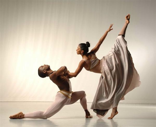 Δωρεάν 10 διπλές προσκλήσεις για Alvin Ailey American Dance Theatre