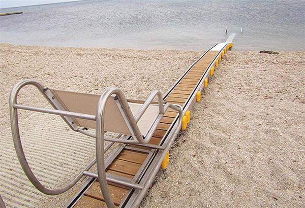 Δήμος Αριστοτέλη: Ολοκληρωμένη πρόσβαση για ΑμεΑ σε 4 παραλίες
