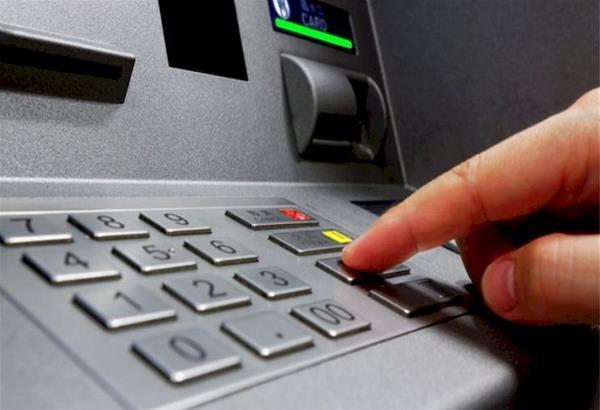 Φωνητική καθοδήγηση συναλλαγών από το δίκτυο ΑΤΜ της AlphaBank