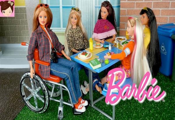 Προσεχώς στα ράφια η κούκλα Μπάρμπι με κινητικές αναπηρίες