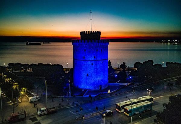 ΤΩΡΑ Θεσσαλονίκη: Μπλε ο Λευκός Πύργος για την Παγκόσμια Ημέρα Διαβήτη