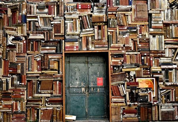 Βιβλιοφωλιές…