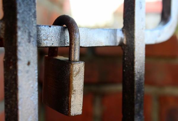 Lockdown: Ποιοι χώροι, επιχειρήσεις και δραστηριότητες αναστέλλουν τη λειτουργία τους
