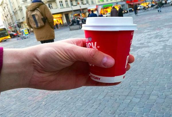 300 ευρώ θα κοστίζουν πλέον τα «πηγαδάκια» έξω από τα καταστήματα εστίασης (βίντεο)