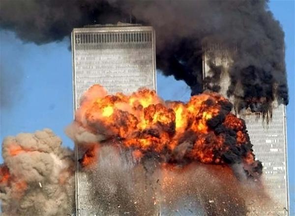 Προβολή ταινίας «Φαρενάιτ 9/11» στο Θέατρο 90 Μοιρών