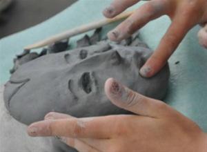 Τα παιδιά ανακαλύπτουν την τέχνη του κουκλοθεάτρου
