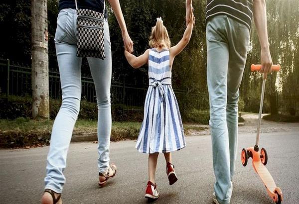 Γονεϊκότητα και εργασία. Ποιες άδειες δικαιούνται οι εργαζόμενοι γονείς;
