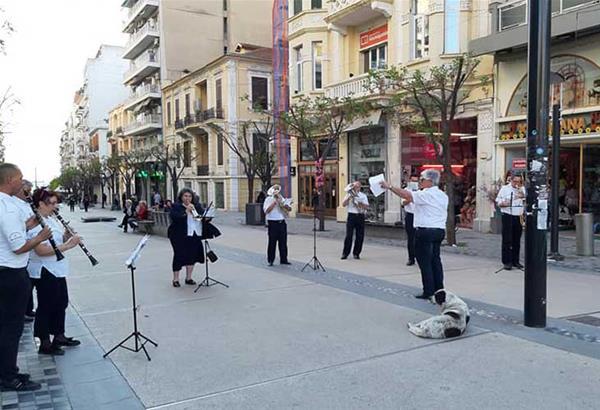 Η Φιλαρμονική Ορχήστρα του Δήμου Θεσσαλονίκης γεμίζει την πόλη μουσική!