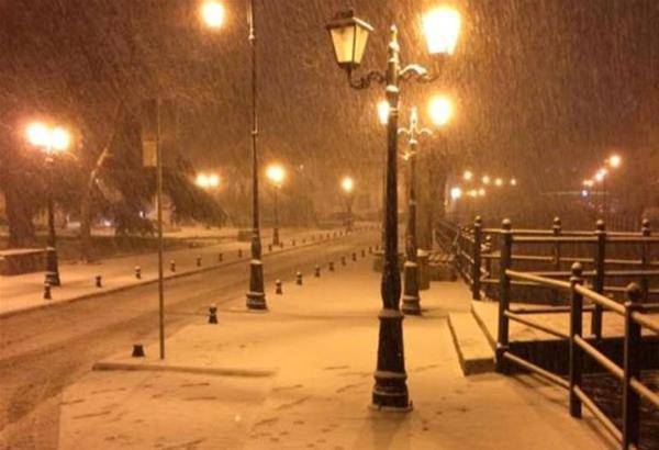 Πυκνή χιονόπτωση στην πόλη της Φλώρινας (βίντεο)