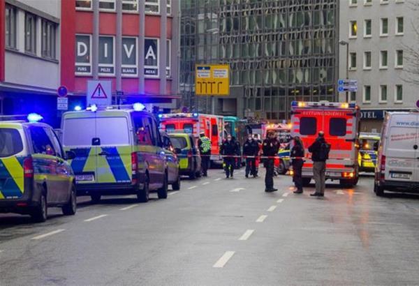 Γερμανία: Επίθεση με μαχαίρι στη Φρανκφούρτη - Yπάρχουν τραυματίες