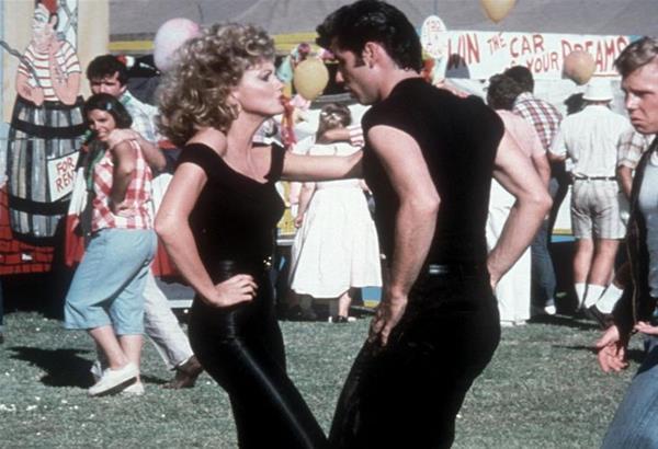 Η ταινία «Grease» με τους Τραβόλτα και Ολίβια Νιούτον Τζον χαρακτηρίστηκε ως ομοφοβική και ρατσιστική