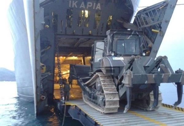 Αναχώρηση αρματαγωγού «Ικαρία» από το λιμάνι της Θεσσαλονίκης (βίντεο)