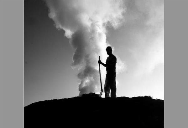 Έκθεση φωτογραφίας: οι καρβουνιάρηδες της Πίνδου του Πολυδεύκη Ασωνίτη