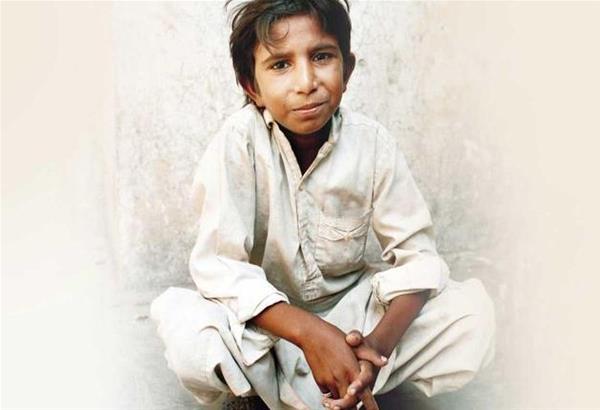 Ικμπάλ Μασί: Το μικρό αγόρι που εναντιώθηκε στην παιδική εργασία και δολοφονήθηκε στα 13 του χρόνια