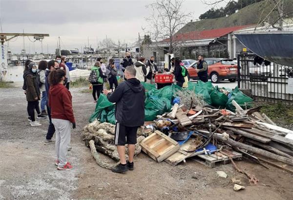 Δήμος Καλαμαριάς: Εθελοντικός καθαρισμός στην Αρετσού