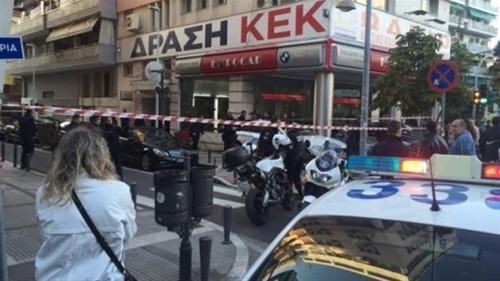 Θεσσαλονίκη: Υπέκυψε o 28χρονος που είχε πηδήξει από τον 7ο όροφο πολυκατοικίας