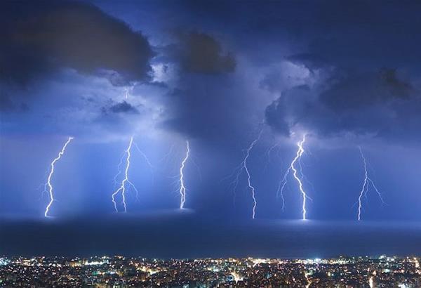 Σχεδόν 103.000 κεραυνοί έπεσαν στην Ελλάδα τον φετινό Ιούλιο