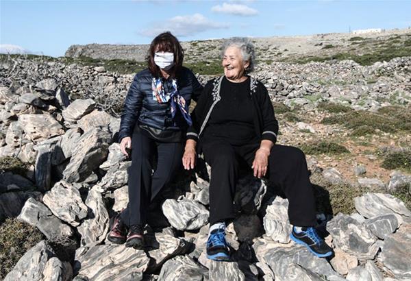 Στην Κίναρο και την κυρα Ρήνη η Κατερίνα Σακελλαροπούλου