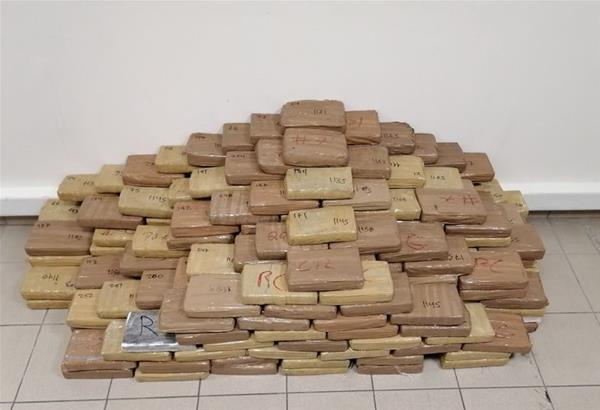 Θεσσαλονίκη: Πάνω από 300 κιλά κοκαΐνης κατάσχεσε η Δίωξη Ναρκωτικών