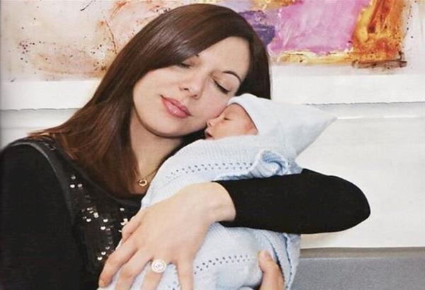 Πέθανε η Ζωή Κωσταρίδη, η πρώτη γυναίκα με μόσχευμα καρδιάς που γέννησε στην Ελλάδα