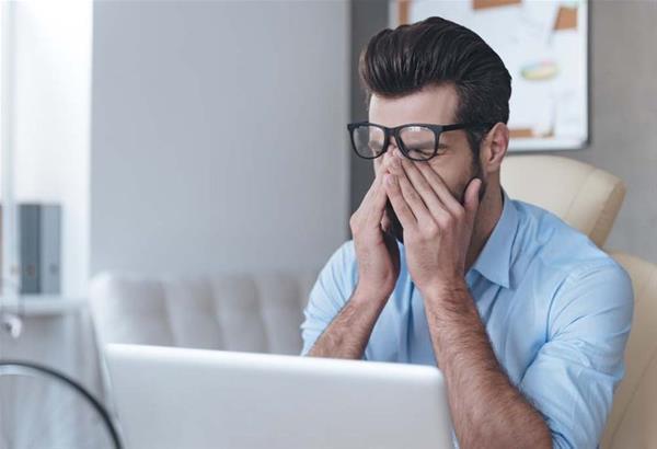 Τι είναι το Computer Vision Syndrome; πόσες ώρες περνάτε την ημέρα μπροστά σε μια οθόνη;