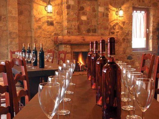 Ποιοι κερδίζουν 20 επιλεγμένες φιάλες κρασί