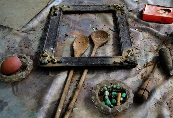 Έκθεση φωτογραφίας του Κυριάκου Συφιλτζόγλου «Έγχρωμη Απουσία» στη Ζώγια