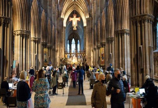 Βρετανία: Ο καθεδρικός ναός του Linchfield μετατράπηκε σε εμβολιαστικό κέντρο (βίντεο)