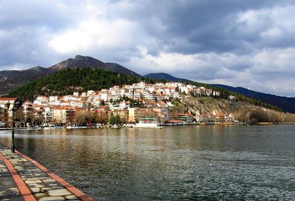 Πτώμα μιας ηλικιωμένης γυναίκας εντοπίστηκε στην Καστοριά-Αποκλείστηκε η περιοχή