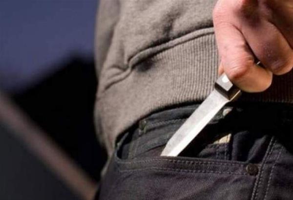 Δυτική Αττική: Σοκάρουν οι εικόνες με τις συμμορίες ανηλίκων και τον βαρύ οπλισμό  τους(βίντεο)