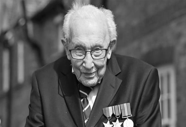 Βρετανία: Απεβίωσε ο 100χρονος βετεράνος πολέμου «Κάπτεν Τομ»