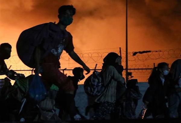 Φωτιά στη Μόρια: Σε βίντεο ο εμπρησμός της δομής