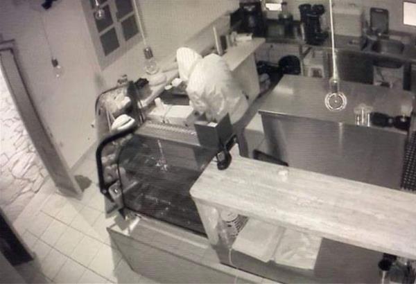 Μύκονος: Πιάστηκαν στη φάκα οι δύο «ποντικοί» που καταλήστεψαν μαγαζιά του νησιού