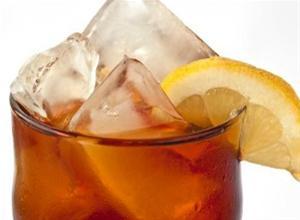Νερό με λεμόνι: Ένα ποτό που κάνει θαύματα