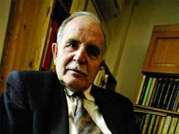Ο Ντίνος Χριστιανόπουλος αρνείται το Μεγάλο Κρατικό Βραβείο Γραμμάτων