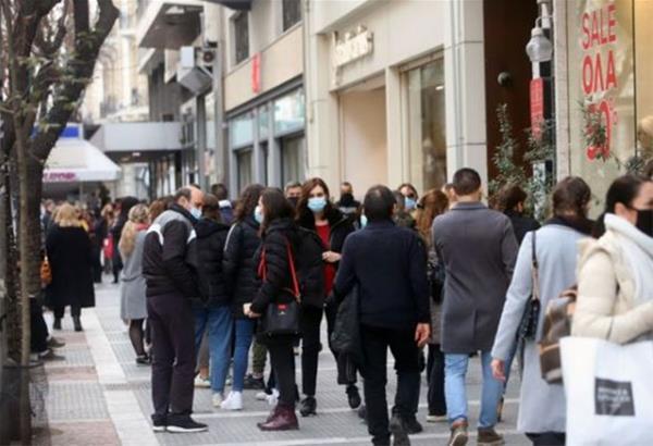 Θεσσαλονίκη: Ουρές έξω από καταστήματα - Έκκληση Ζέρβα για τήρηση των μέτρων (βίντεο)