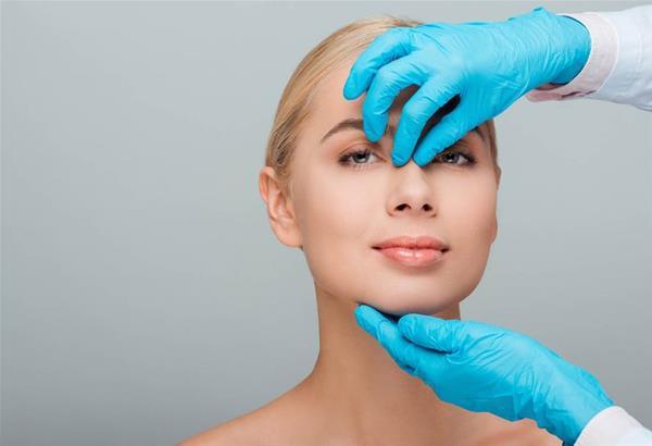Ρινοπλαστική: Αισθητική και λειτουργική βελτίωση της μύτης